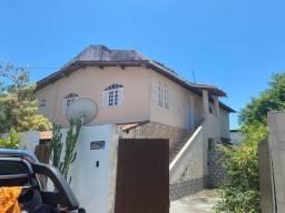 Alugo apartamento 2/4 com suíte  Priscila Dutra, Vilas Atlântico.R$1.800,00 com taxas