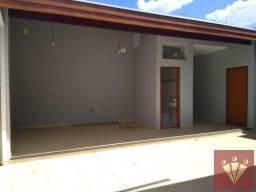 Casa com 3 dormitórios para locação por R$ 3.000 - Jardim Cruzeiro - Mogi Guaçu/SP