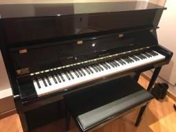 Piano Suzuki Seminovo Preto
