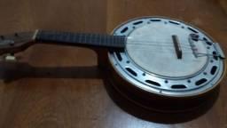 Banjo Del Vecchio.