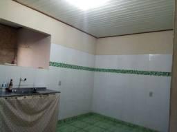 Alugo apartamento kit net