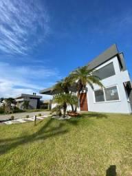 Casa em Condomínio fechado com 4 suítes em até 60x