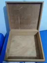 """Caixa de """"madeira"""""""