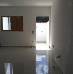 Natasha- Casa com 3 Quartos e 2 banheiros à Venda, 147 m²