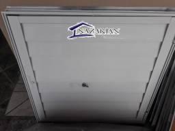 Portinhola de aluminio branco alçapão com chaves 60x60cm