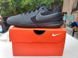 Chuteira Nike, nº 33, original, nova, nunca usada
