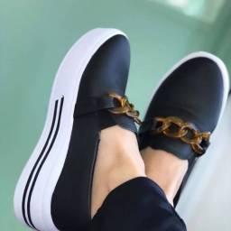 Sapatos corrente caramelo tamanhos 34 e 36