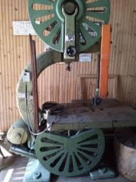 Máquina Serra de Fita Invicta