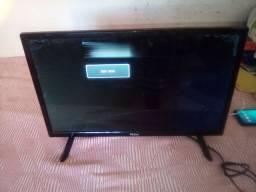 Vende se televisão pra retirar peças
