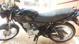 Vende-se moto honda titan 150 cc