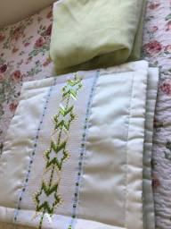 Conjunto almofadas e cortinas
