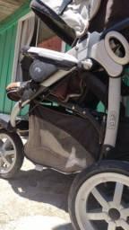 Carrinho de bebê peg-pérego