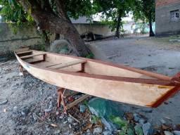 Vende-se Barco de madeira