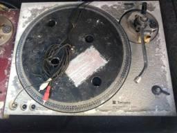 Carcaça com placa toca discos Technics SL 1800 Direct drive