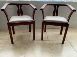 Cadeiras Envernizadas