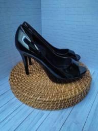 Título do anúncio: Sapatos femininos n°36