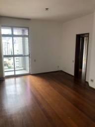 Apartamento à venda com 03 quartos, em Lourdes.