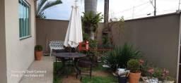 Casa com 2 dormitórios à venda, 180 m² por R$ 420.000,00 - Florianópolis - Jaguariúna/SP