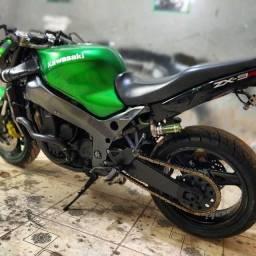 Título do anúncio: Kawasaki ninja zx9r