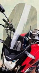 Vendo uma linda bolha universal para moto, valor 170,00.