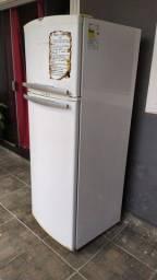 Vendo geladeira Frost Free