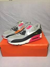 Título do anúncio: Nike Air Max 90 Essential ?Wolf Grey Rush Pink?