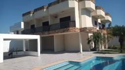 Casa duplex c/5qtº piscina/  Area de quintal de 720m²  local: centro de Jacaraipe:
