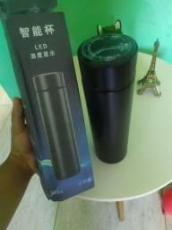 garrafa termica com mostrador de temperatura