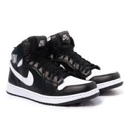 Tênis Nike Air Jordan<br><br>