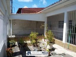 Belíssima Casa na Av. Brasil (Poço) - Perto de Tudo!