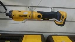 Parafusadeira Dewalt bateria bivolt 6V