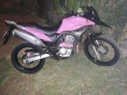 Xre rosa. - 2011