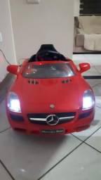 Mini Carro elétrico Mercedes Benz