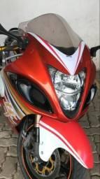 Moto Suzuki Hayabusa - 2010