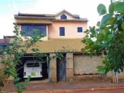 Sobrado com 3 dormitórios à venda, 210 m² por r$ 239.000,00 - setor parque tremendão - goi