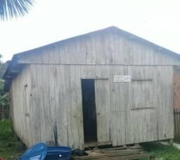 Alugo casa por apenas 200 Reais no 2 distrito