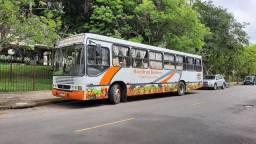 Ônibus Hortifruty