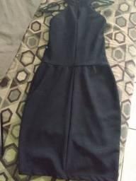 Lindo vestidos semi novo!