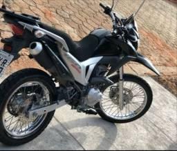 Bros 160 ,Moto zera sem detalhes ..
