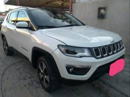 Vendo um Jeep Compass ano de 2017, a diesel. R$98.500
