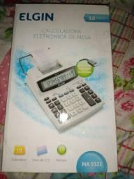 Calculadora nova na caixa