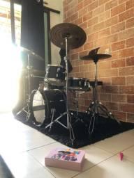 Bateria Pearl Roadshow reduzida + kit Octagon Groove!