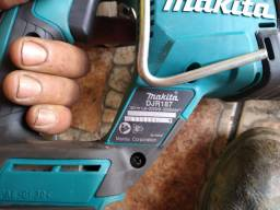 Vendo kit de ferramenta Makita semi-nova com nota fiscal