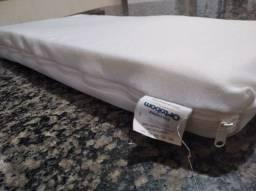 Travesseiro ant-refluxo ideal para recen-nascido.