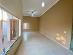 Casa a venda, Três Lagoas, MS, Bairro Ipê, 3 Dorm, com Piscina