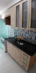 Apartamento com 2 dormitórios para alugar, 56 m² por R$ 1.300,00/mês - Jardim Nova Taboão