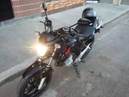 Honda Twister CB250F 2016