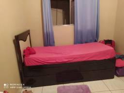 Bi cama com 2 gavetas semi nova