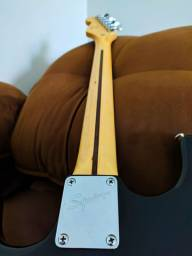 Guitarra Squier Fender Stratocaster Indonésia