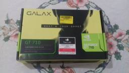Placa de vídeo Galax GT 710 1GB (Fotos Reais)